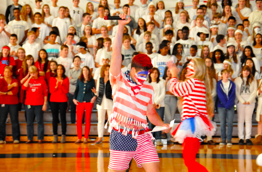 Huskies gather for Flint Hill's America-themed Homecoming