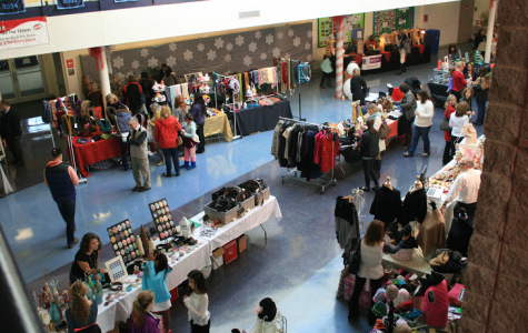 Flint Hill Holiday Shoppes attract large crowds