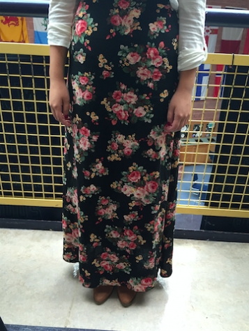 Students opt for comfort and style in maxi skirts