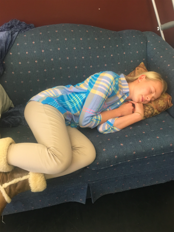 Administration warns students about the dangers of sleep deprivation