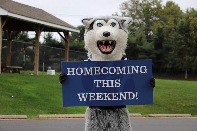 Klondike+invites+Flint+Hill+students%2C+staff%2C+and+parents+to+Homecoming.
