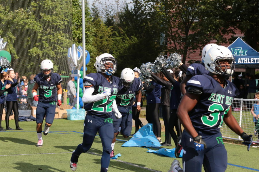 Huskies+triumph+in+Homecoming+games