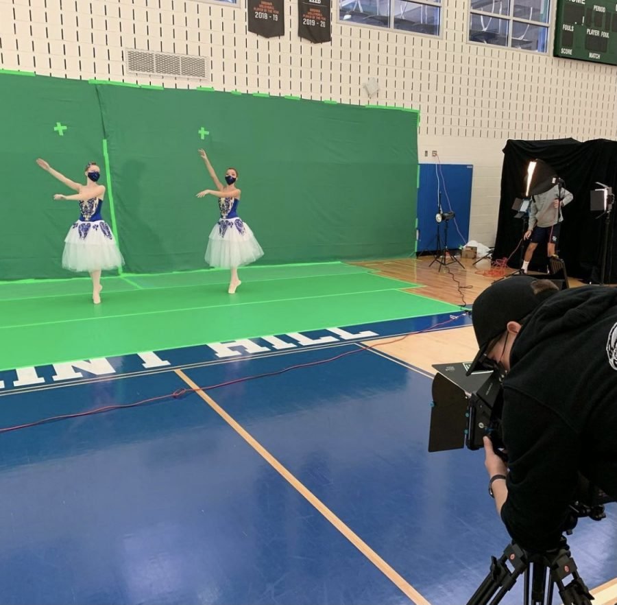 Upper School Theater and Film Students Collaborate for the Nutcracker Play, the First Time in Flint Hill History